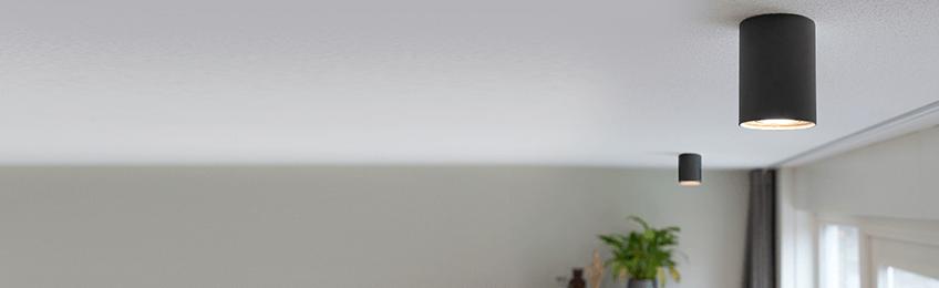 Surface-mounted spotlights