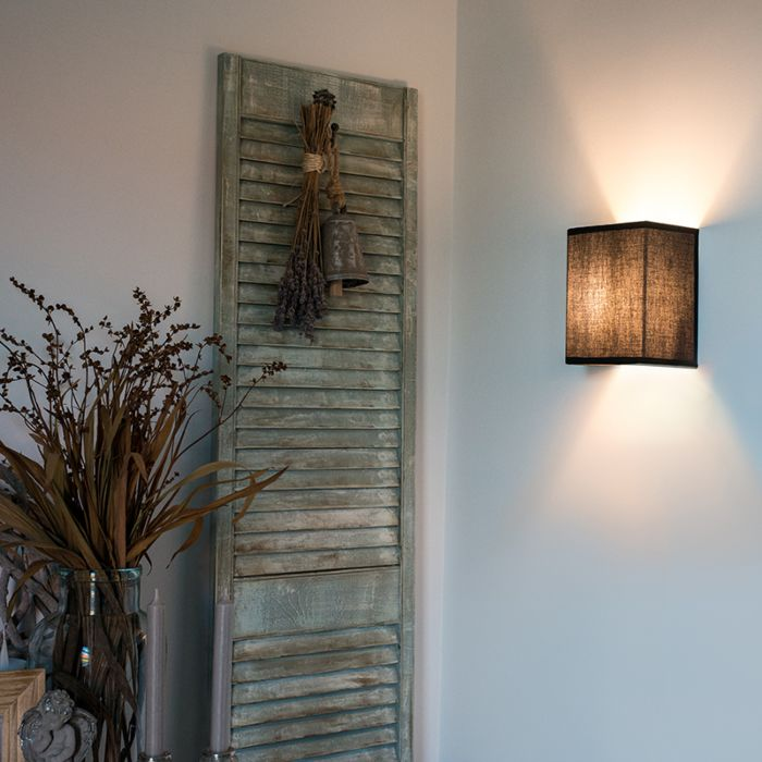 Country-Wall-Lamp-Black---Vete