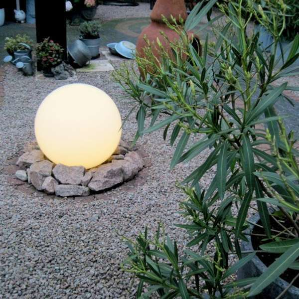 Modern-outdoor-lamp-with-ground-pin-50-cm-IP44---Bulb